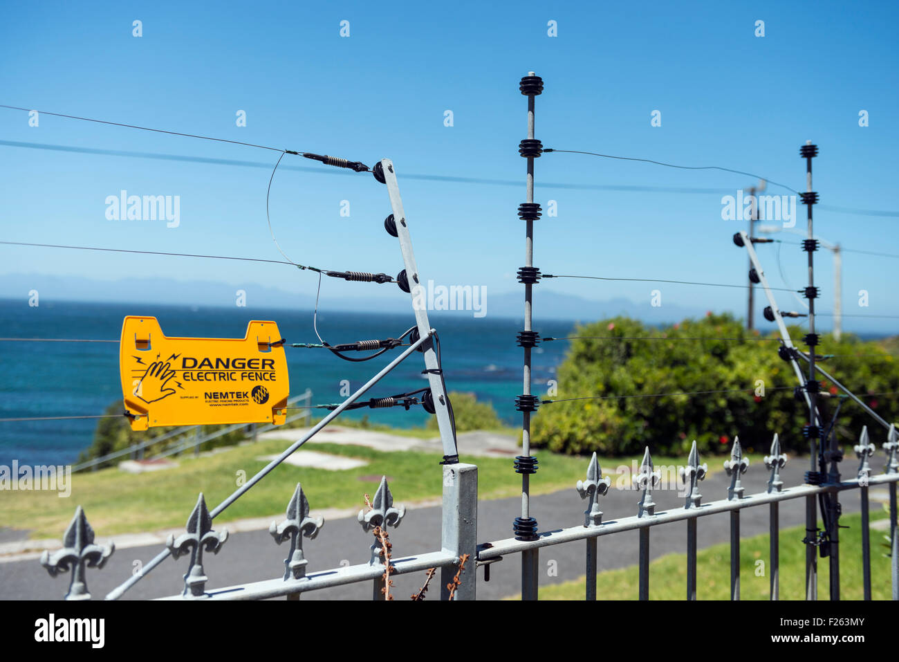 Electric Fence Africa Stock Photos Amp Electric Fence Africa