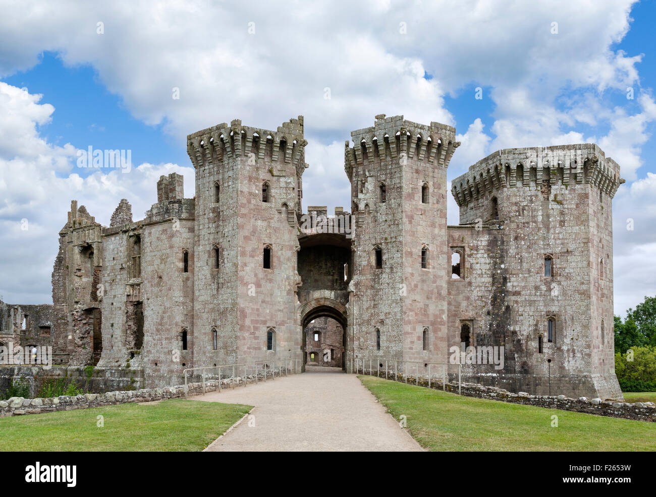 The ruins of Raglan Castle, Chepstow, Monmouthshire, Wales, UK - Stock Image