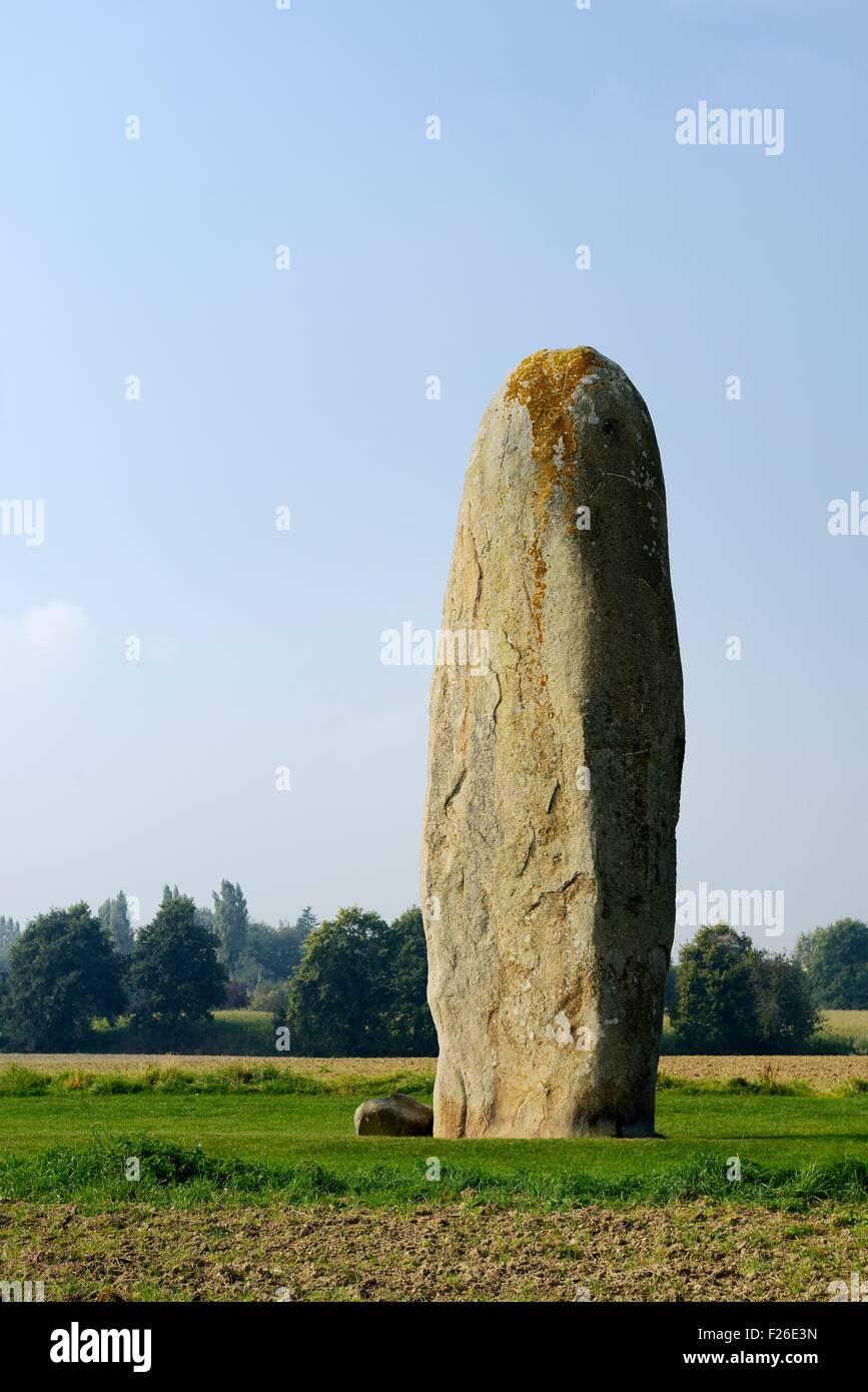 The granite Menhir de Champ Dolent at Dol-de-Bretagne. At 9.5 meters 31 feet the tallest prehistoric standing stone - Stock Image