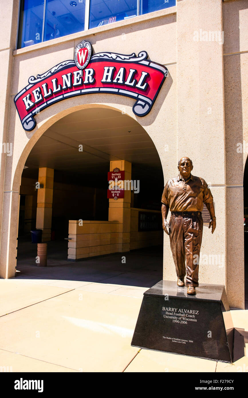 Statue of Barry Alvarez outside Kellner Hall at Camp Randall, home of the UWBadgers at Madison Wisconsin - Stock Image