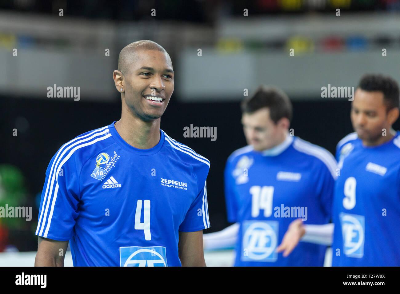 Copper Box Arena, London, UK. 13th Sep. 2015. Luis Joventino Venceslau celebrates a point. VfB Friedrichshafen beat - Stock Image