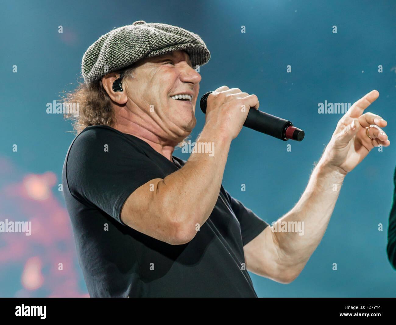 Detroit, Michigan, USA. 8th Sep, 2015. BRIAN JOHNSON of AC/DC Stock ...