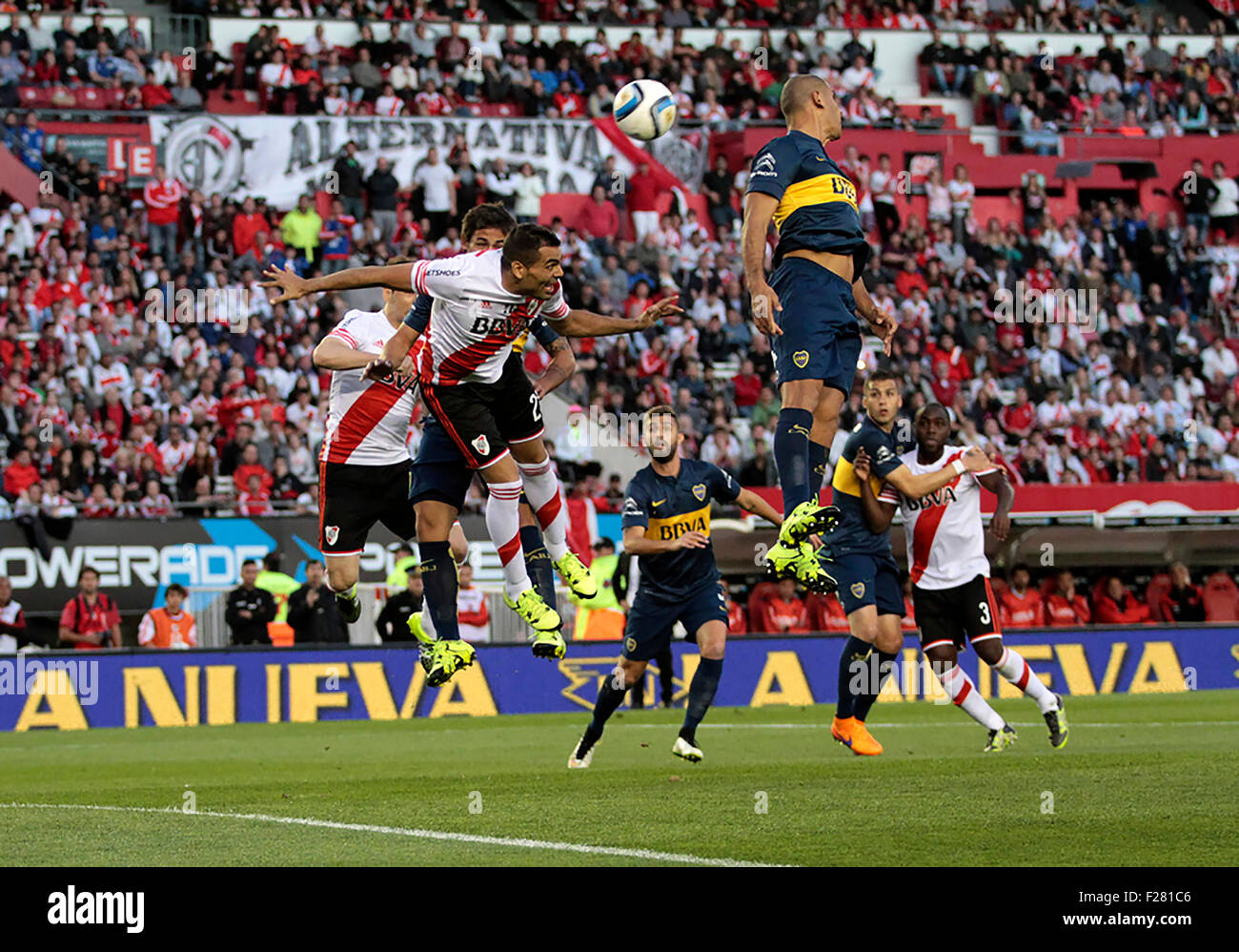 Buenos Aires, Argentina. 13th Sep, 2015. RIVER PLATE X BOCA JUNIORS - Gabriel Mercado of River Plate tries to hit - Stock Image
