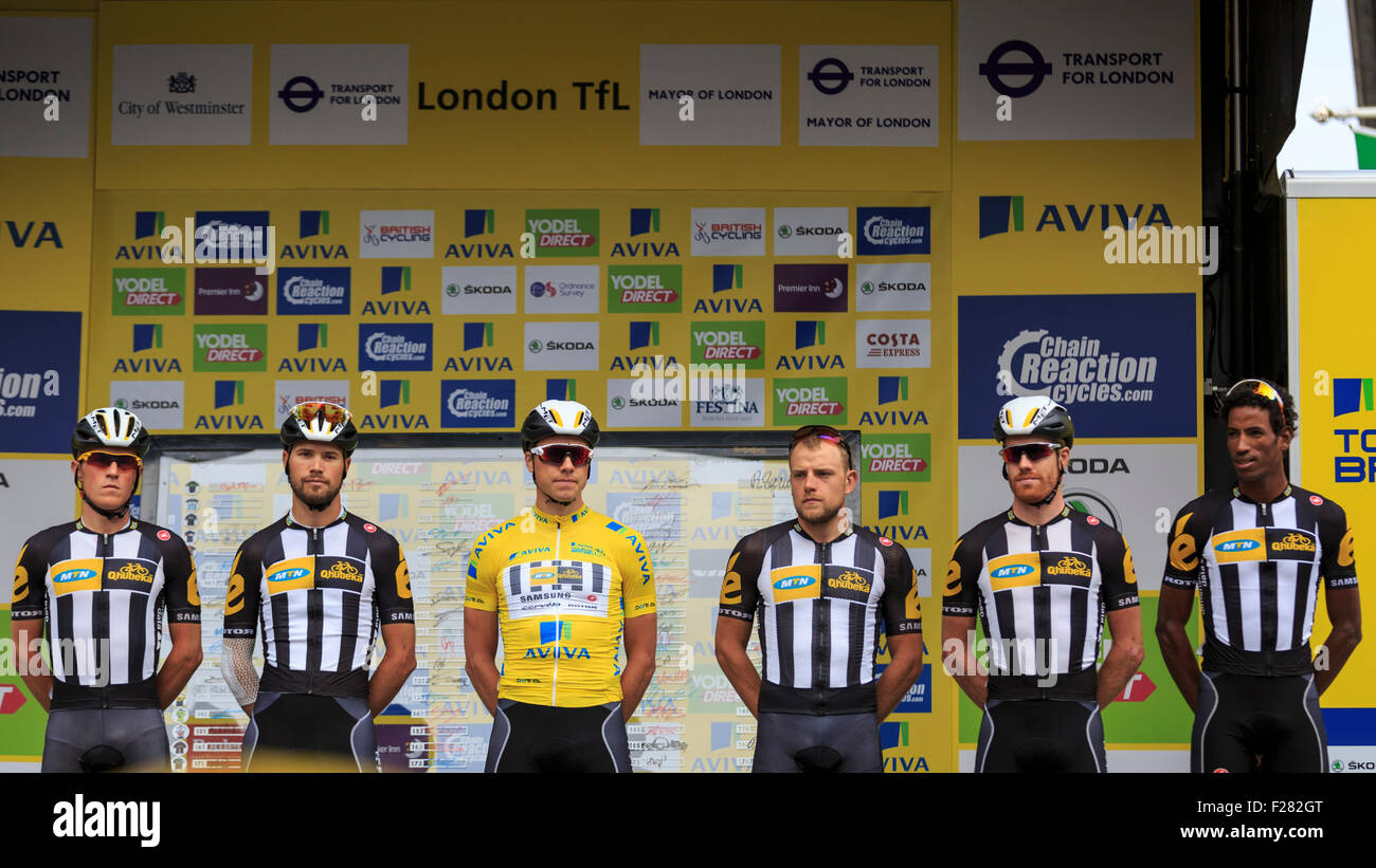 London, UK, 13 September 2015. Tour of Britain, Stage 8. The MTN Qhubeka team is presented to the crowd before the - Stock Photo