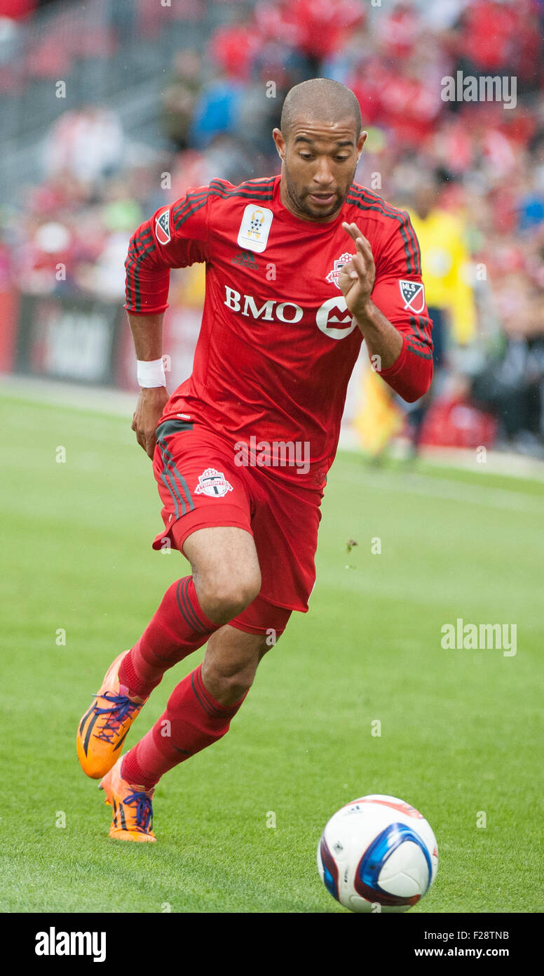 Toronto, Ontario, Canada. 13th September, 2015. Toronto FC defender Justin Morrow  (2) with the ball against New - Stock Image