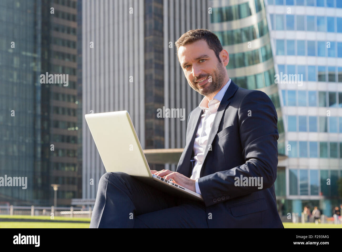 Businessman networking - Stock Image