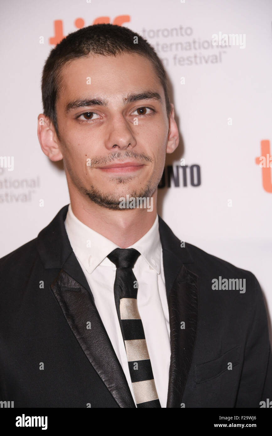Devon Bostick naked (27 foto and video), Tits, Hot, Feet, butt 2017