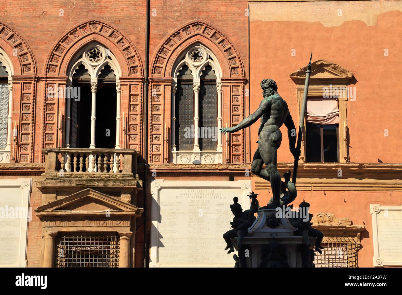 Palazzo d'Accursio, Sala Borsa, Fontana del Nettuno, Statue of Neptune on Piazza del Nettuno in Bologna, Italy - Stock Image