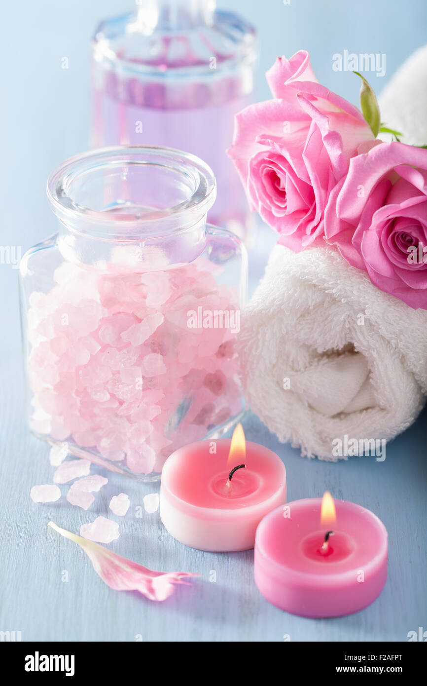 spa aromatherapy with rose flowers perfume and herbal salt - Stock Image