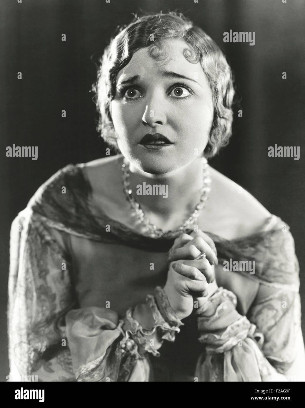 Woman in fear (OLVI008_OU224_F) - Stock Image