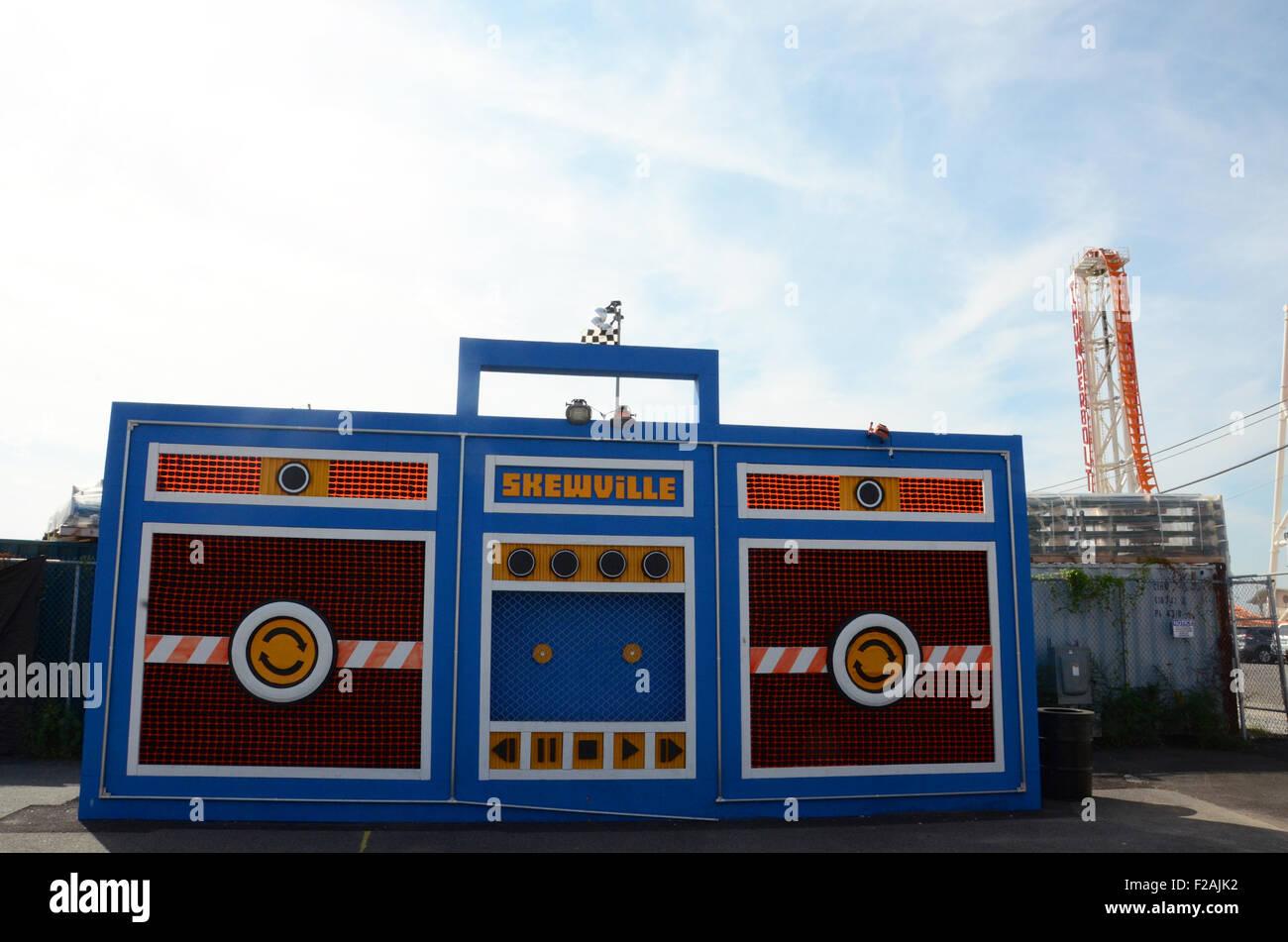 skewville coney art walls coney island brooklyn - Stock Image