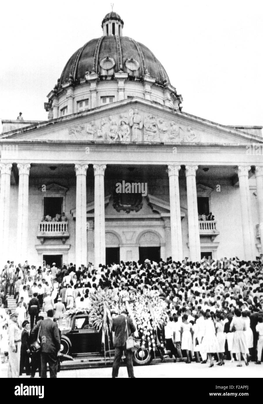 Mourners for assassinated dictator, Rafael Trujillo, at the Presidential Palace, Ciudad Trujillo. June 1961. His - Stock Image