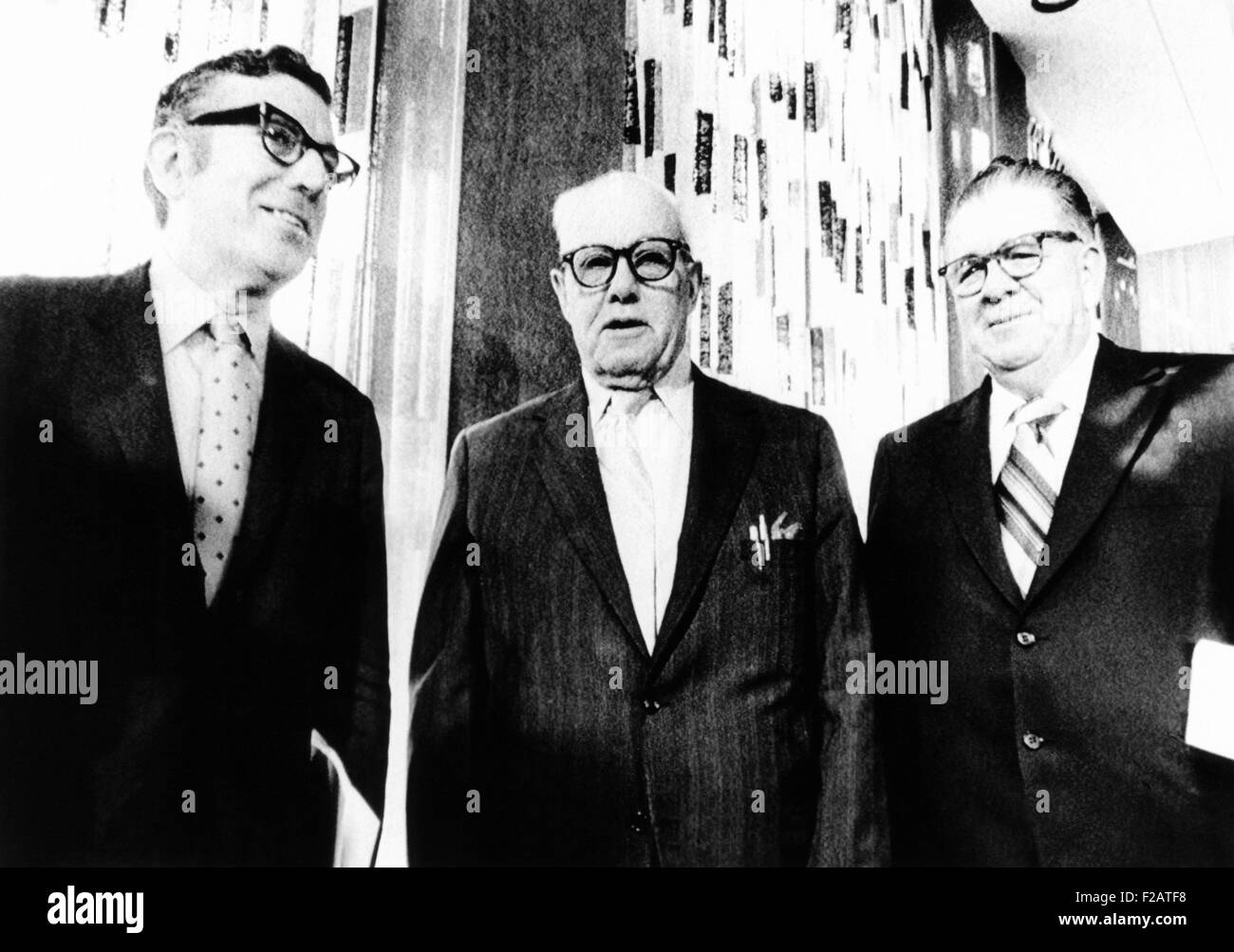 Union leaders discuss President Richard Nixon's Phase 2 Economic Plan. Oct. 12, 1971. Phase II required that - Stock Image