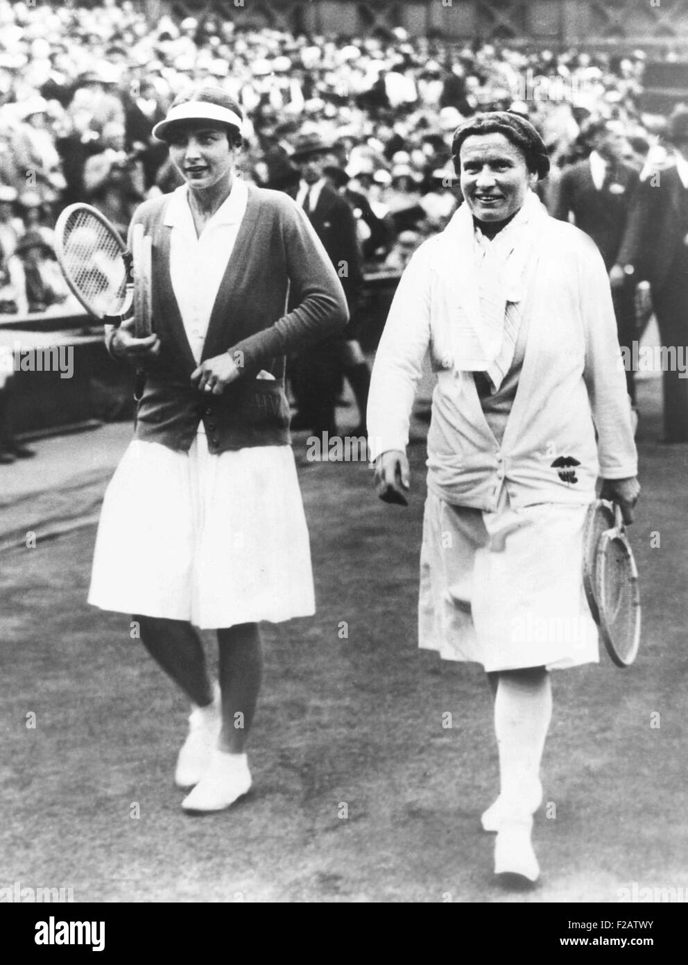 Helen Wills Moody and Elizabeth Ryan leaving the Wimbledon court after their finals match. July 11, 1930. Wills - Stock Image
