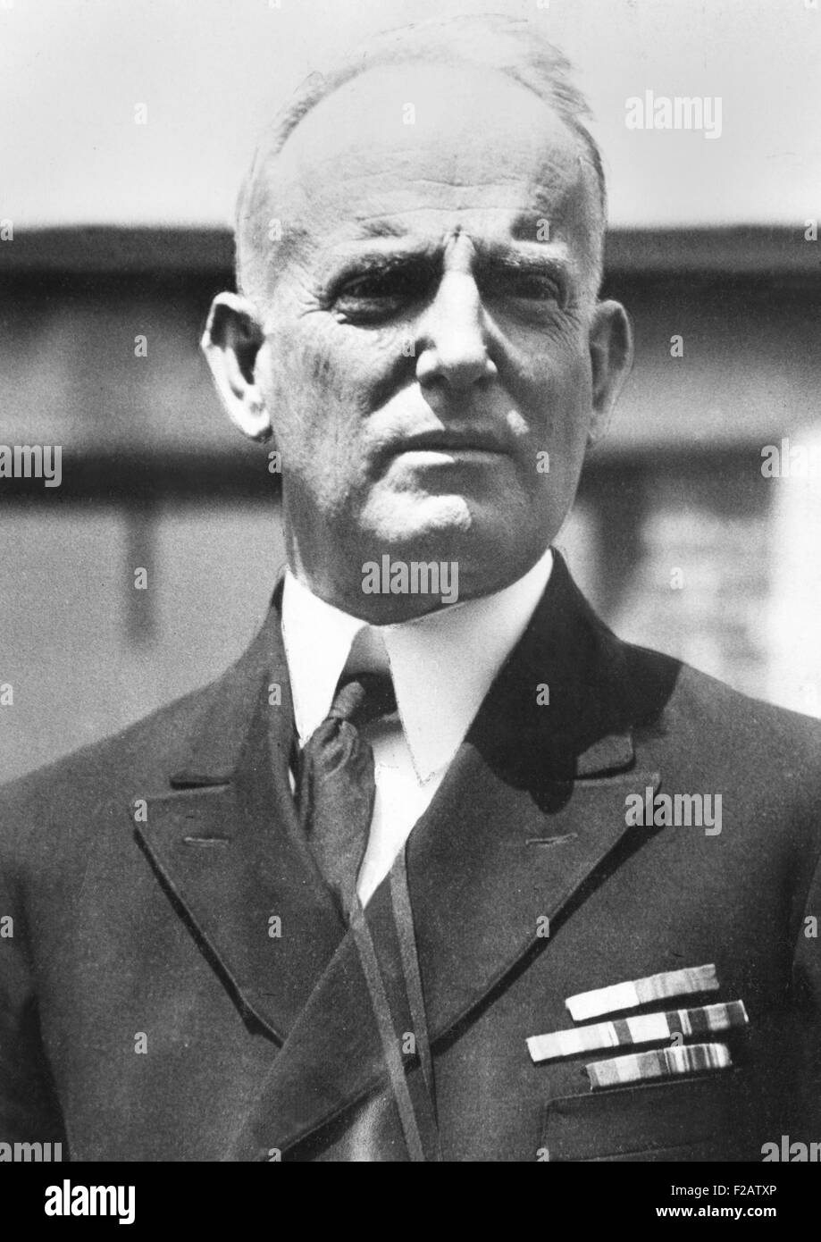 Admiral William Moffett, Chief of the Bureau of Aeronautics of the Navy in 1925. He maintained official support - Stock Image