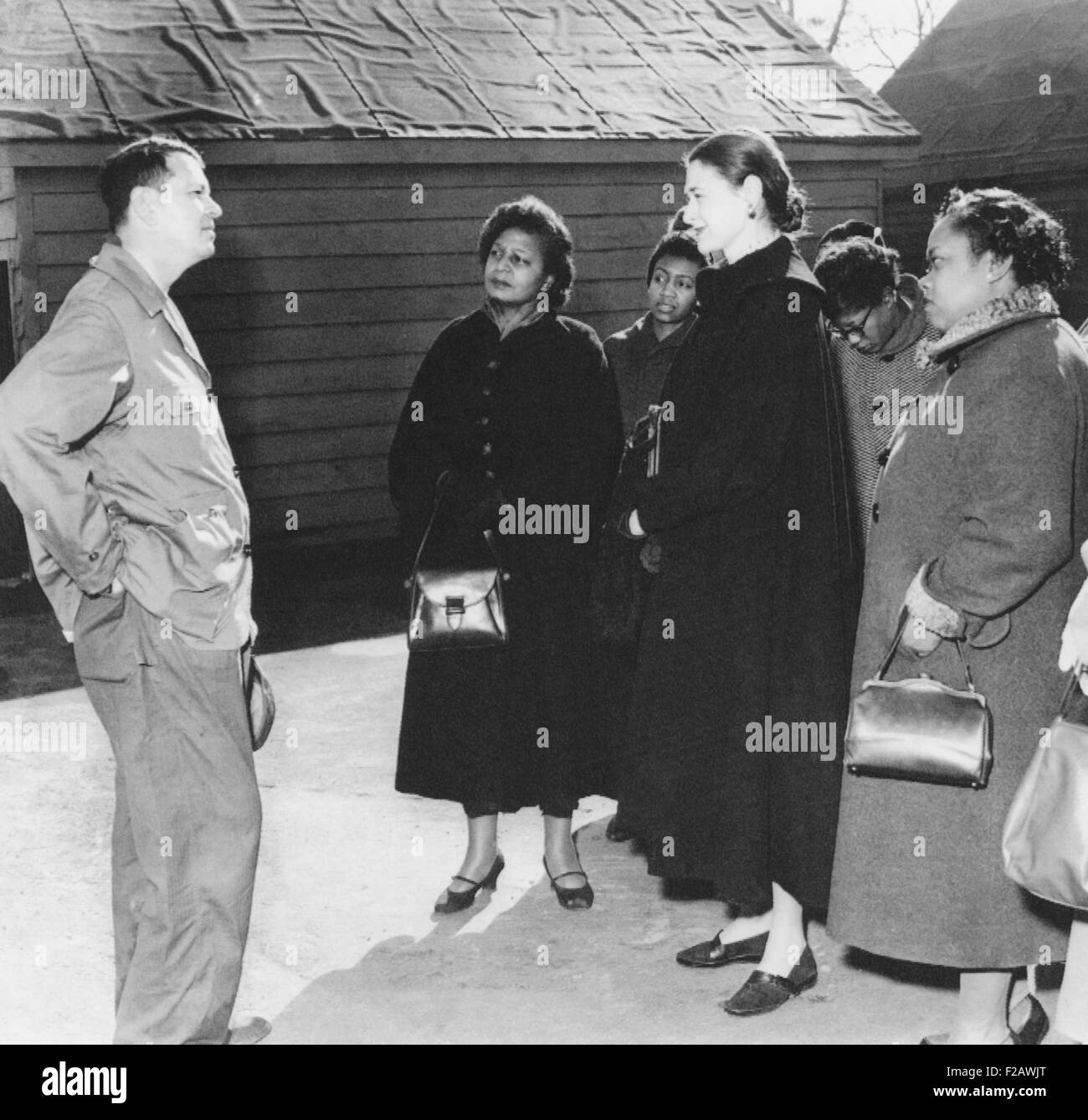 Georgia Gov. Herman Talmadge met with New York women at his farm on Dec. 26, 1952. They appealed to visit an African - Stock Image
