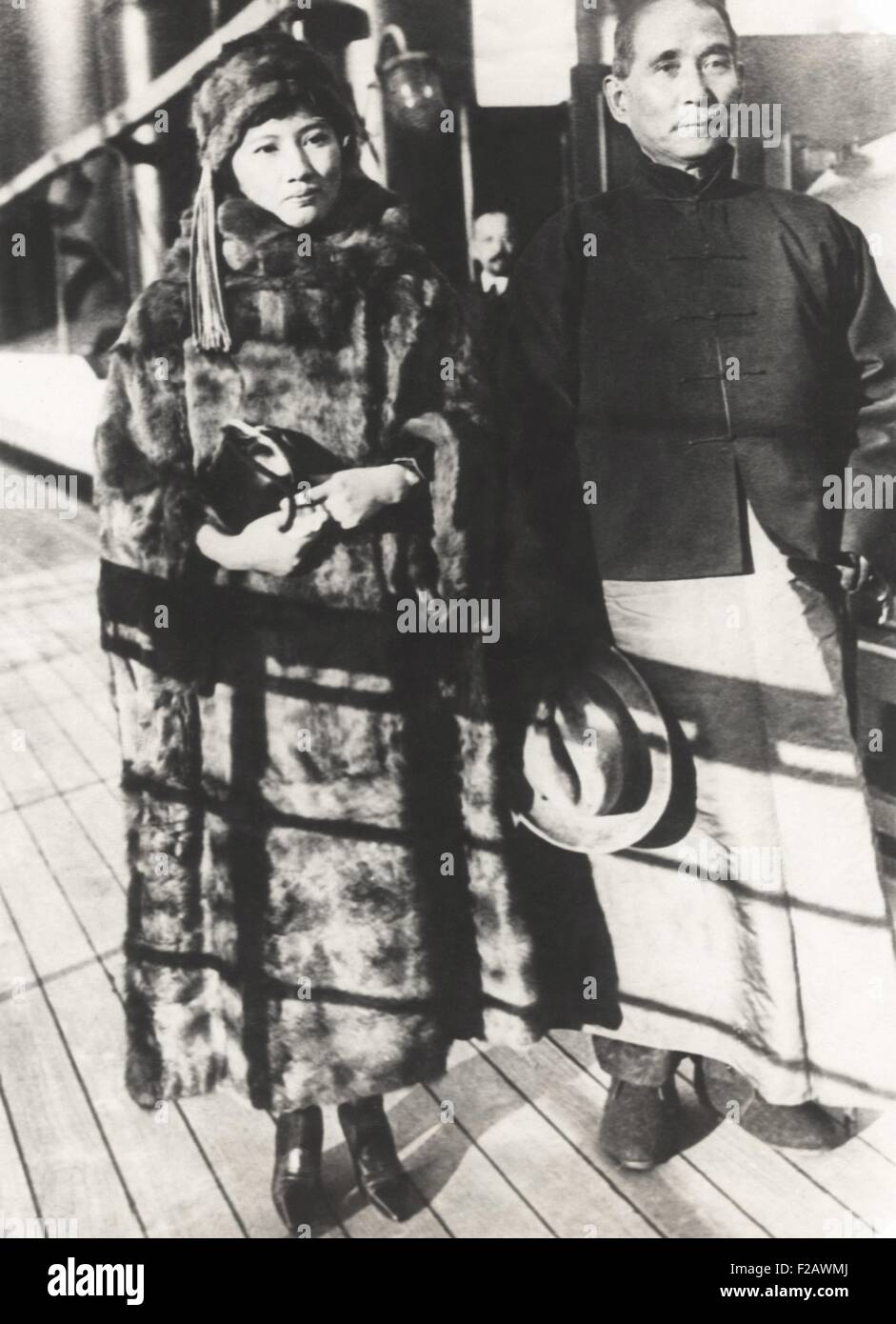 Sun Yat-sen, the Chinese revolutionary leader with his wife, Soong Ching-ling. Shipboard photo, on their arrival - Stock Image