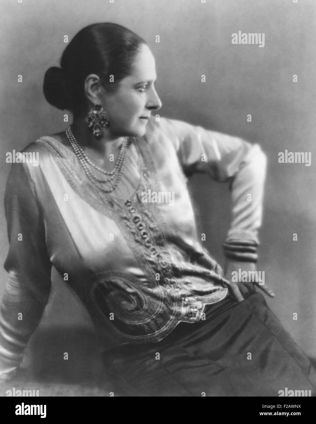 Helena Rubenstein in 1930, the year her book, 'The Art of Feminine Beauty' was published. Photo by Maurice - Stock Image