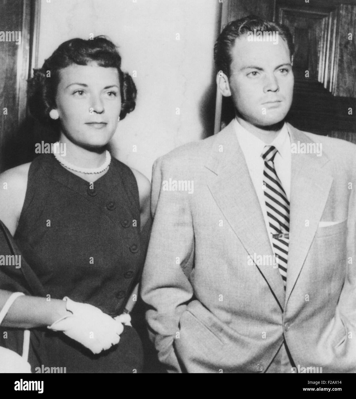 Actor John Agar in court on July 20, 1950 to face to drunk driving charges. With him is his wife Loretta Barnett Stock Photo