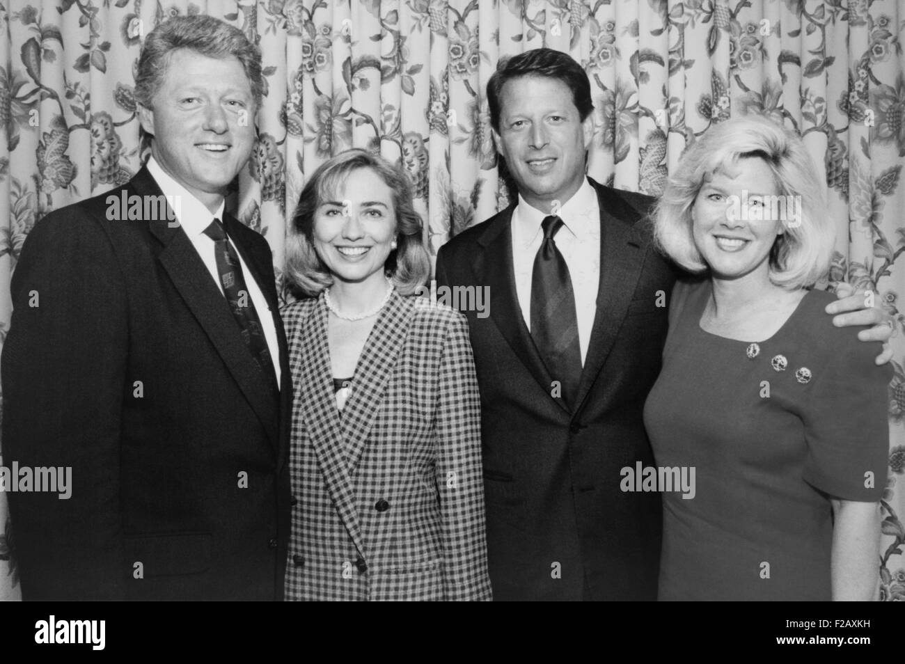 1992 Democratic nominees for President and Vice President with their wives. L-R: Future President Bill and Hillary - Stock Image