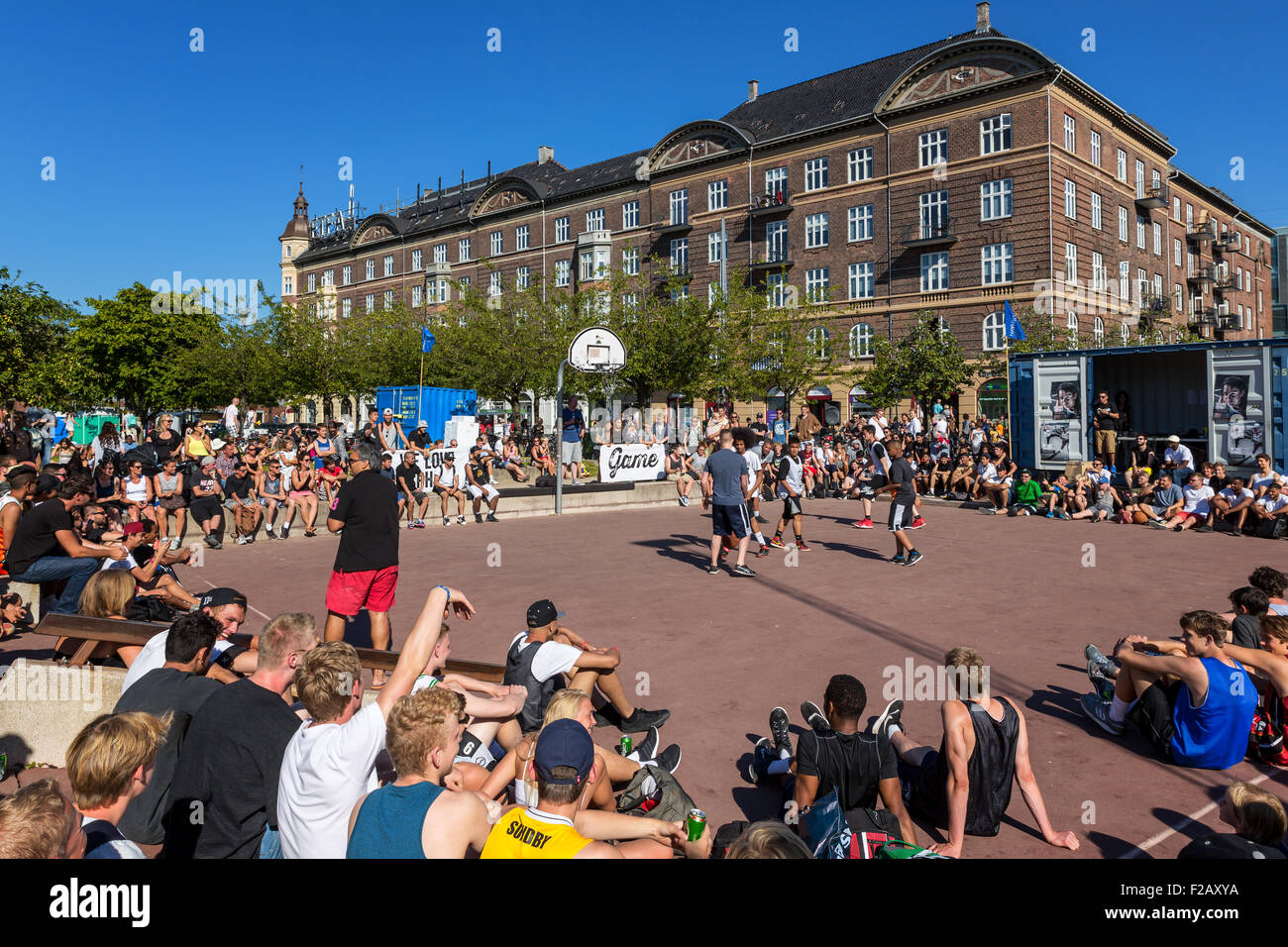Street basketball, Islands Brygge Copenhagen, Denmark - Stock Image