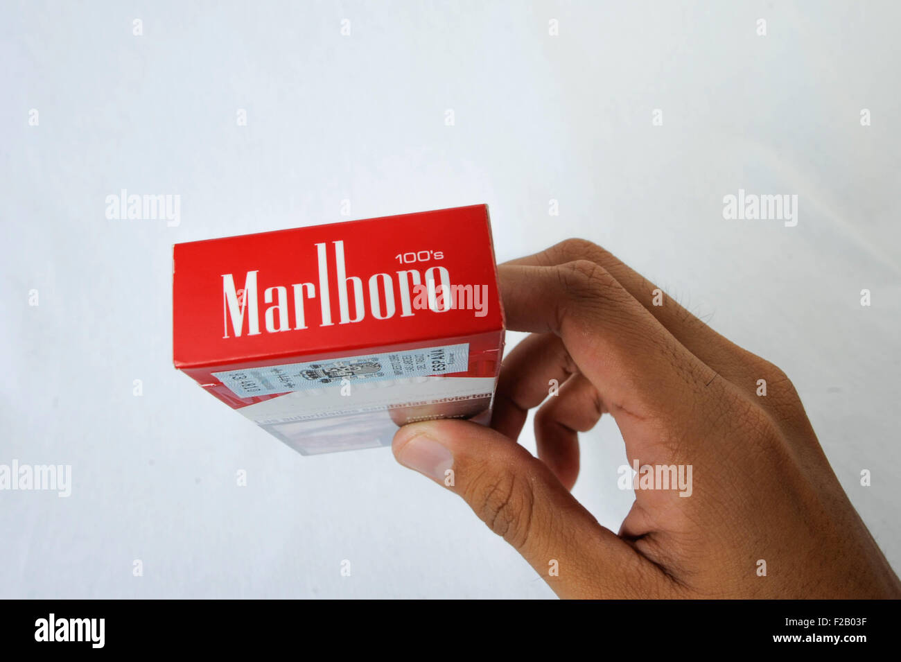 Buy cigarettes Sobranie poppers