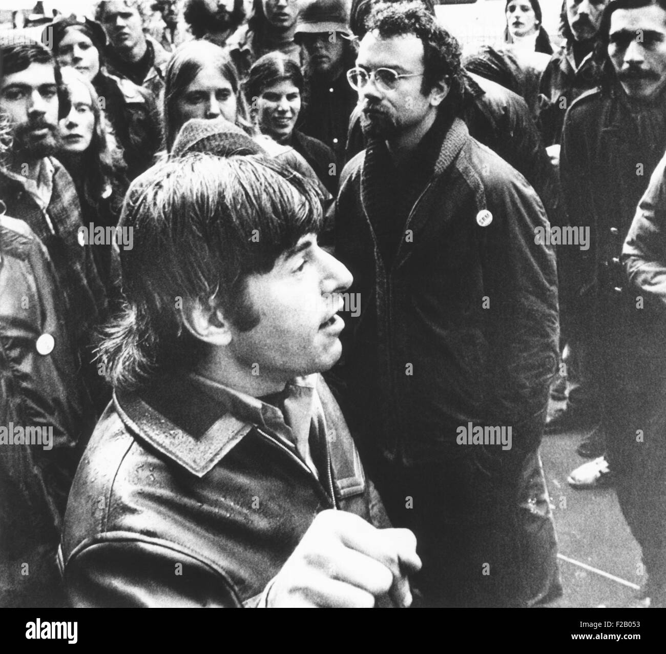 Self-proclaimed Maoist, Prof. H. Bruce Franklin, speaks with supporters at Stanford University. Jan. 28, 1972. He - Stock Image