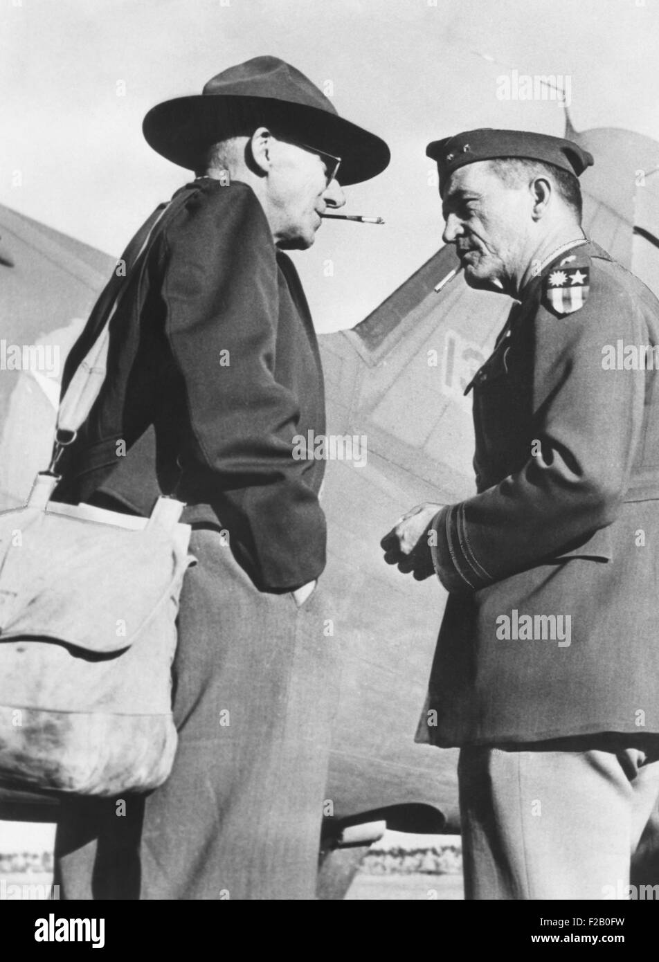 Gen. Joseph Stillwell (left) with Maj. Gen. Claire Chennault, Commander, 14th US Air Force in China. August 1943. - Stock Image