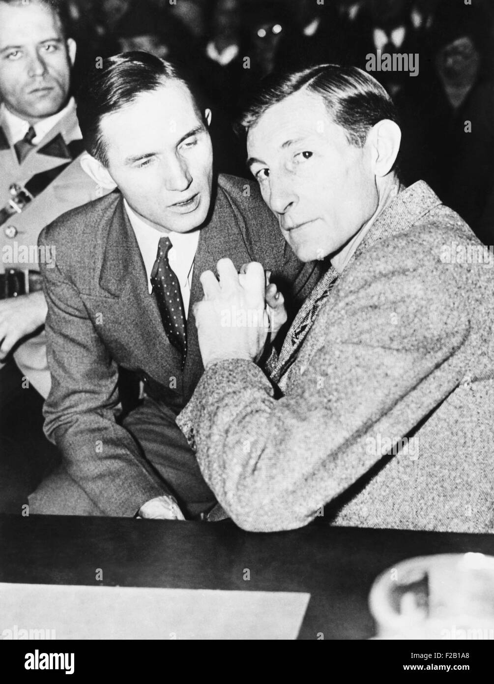 Bruno Hauptmann with his defense counsel Egbert Rosecrans, Jan. 15 1935. Hunterdon County Courthouse, Flemington, - Stock Image