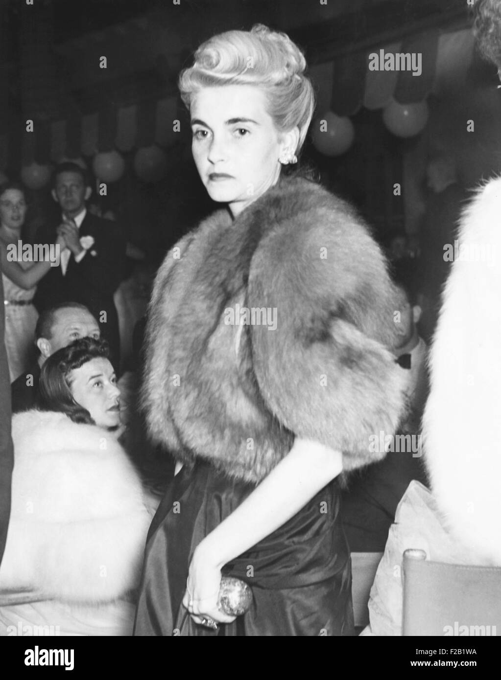 Barbara Hutton, Countess Von Haugwitz-Reventlow, in Palm Beach, Jan. 19, 1940. She arrived at the Colony Club, an - Stock Image