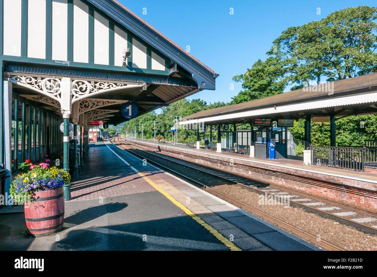 Platform at the Victorian built Carrickfergus railway station - Stock Image