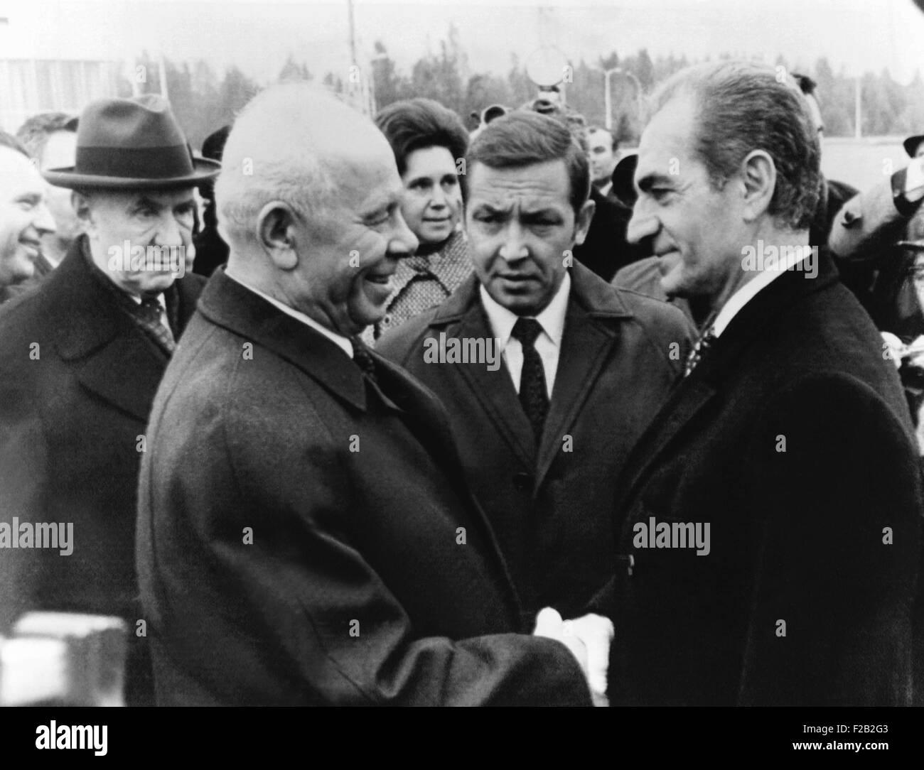 Shah of Iran, with Soviet President Nikolai Podgorny and Premier Alexi Kosygin (left). Oct. 10, 1972. Iran and USSR - Stock Image