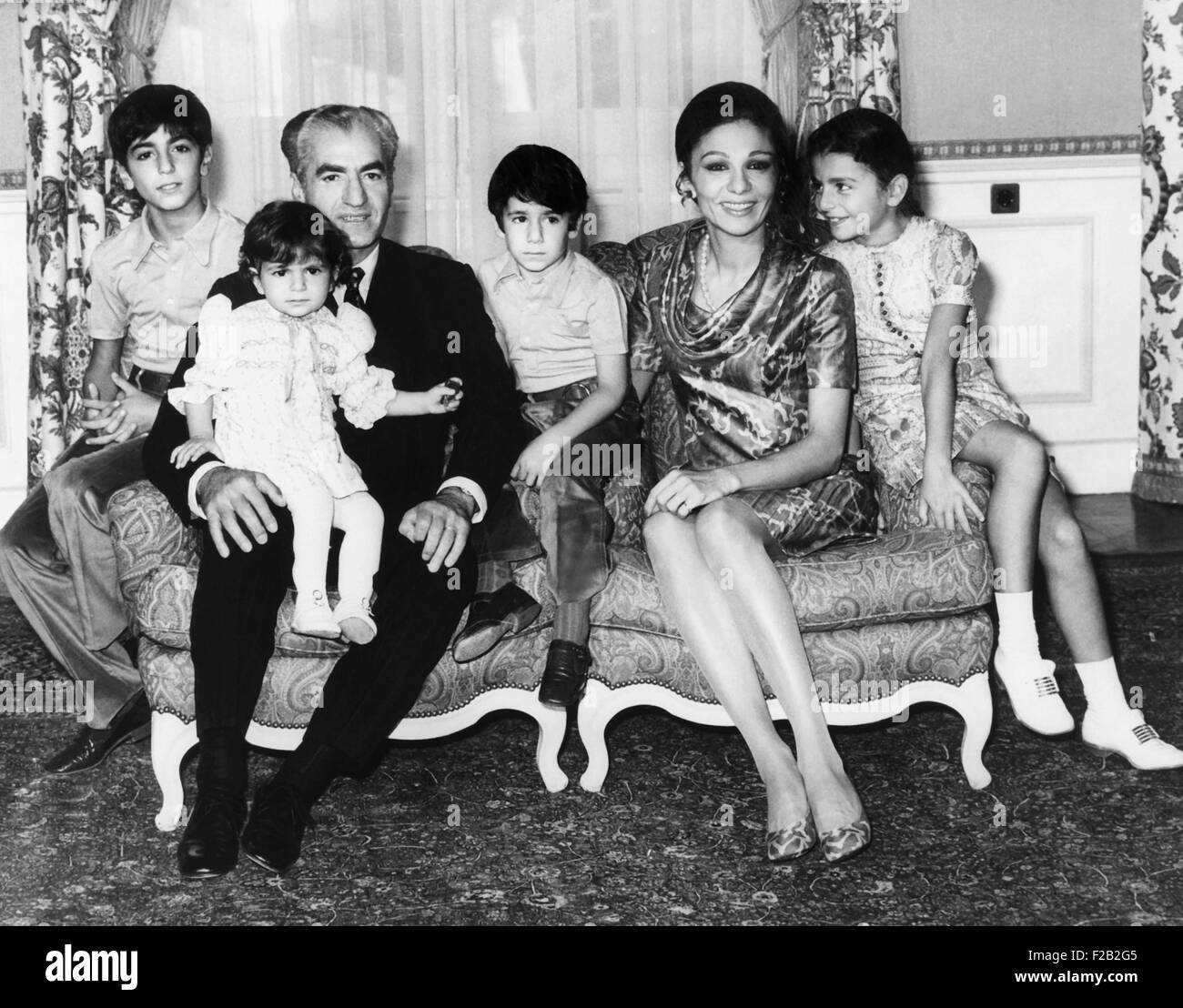 Shah of Iran poses with his family, Sept. 22, 1971. L-R: Crown Prince Reza, 11; Princess Leila, 18 months, who was - Stock Image