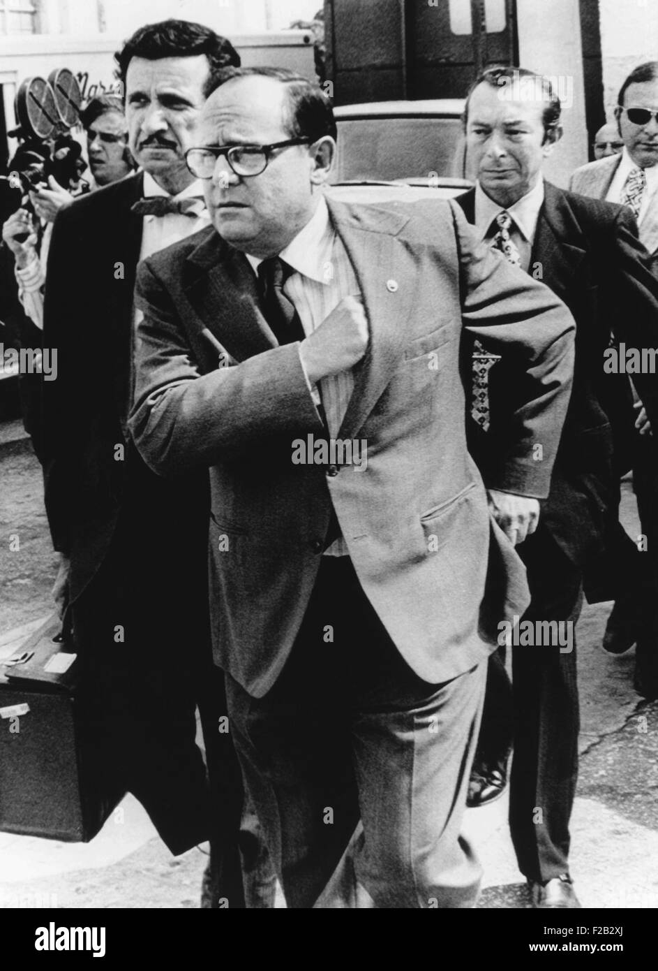 Watergate Burglars, Bernard Barker, (left) and Eugenio Martinez (right), outside US District Court. June 26, 1974. - Stock Image