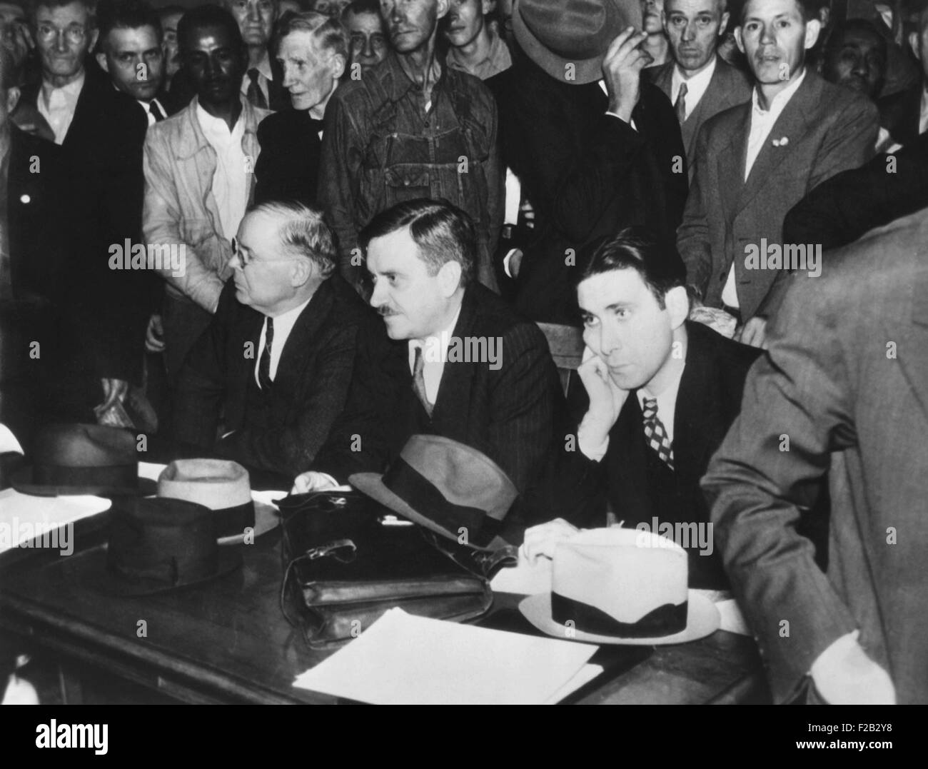 American Communists stuck in court during the 1936 election campaign. Presidential candidate, Earl Browder, in a - Stock Image