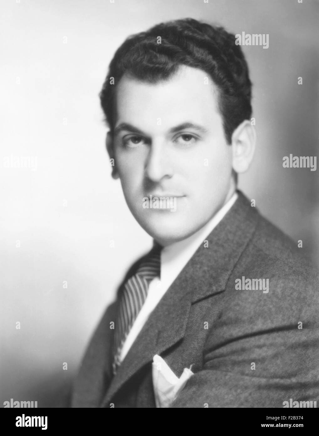 Moss Hart, American playwright and theatre director, ca. 1938. His first Broadway hit was 'Once in a Lifetime' - Stock Image