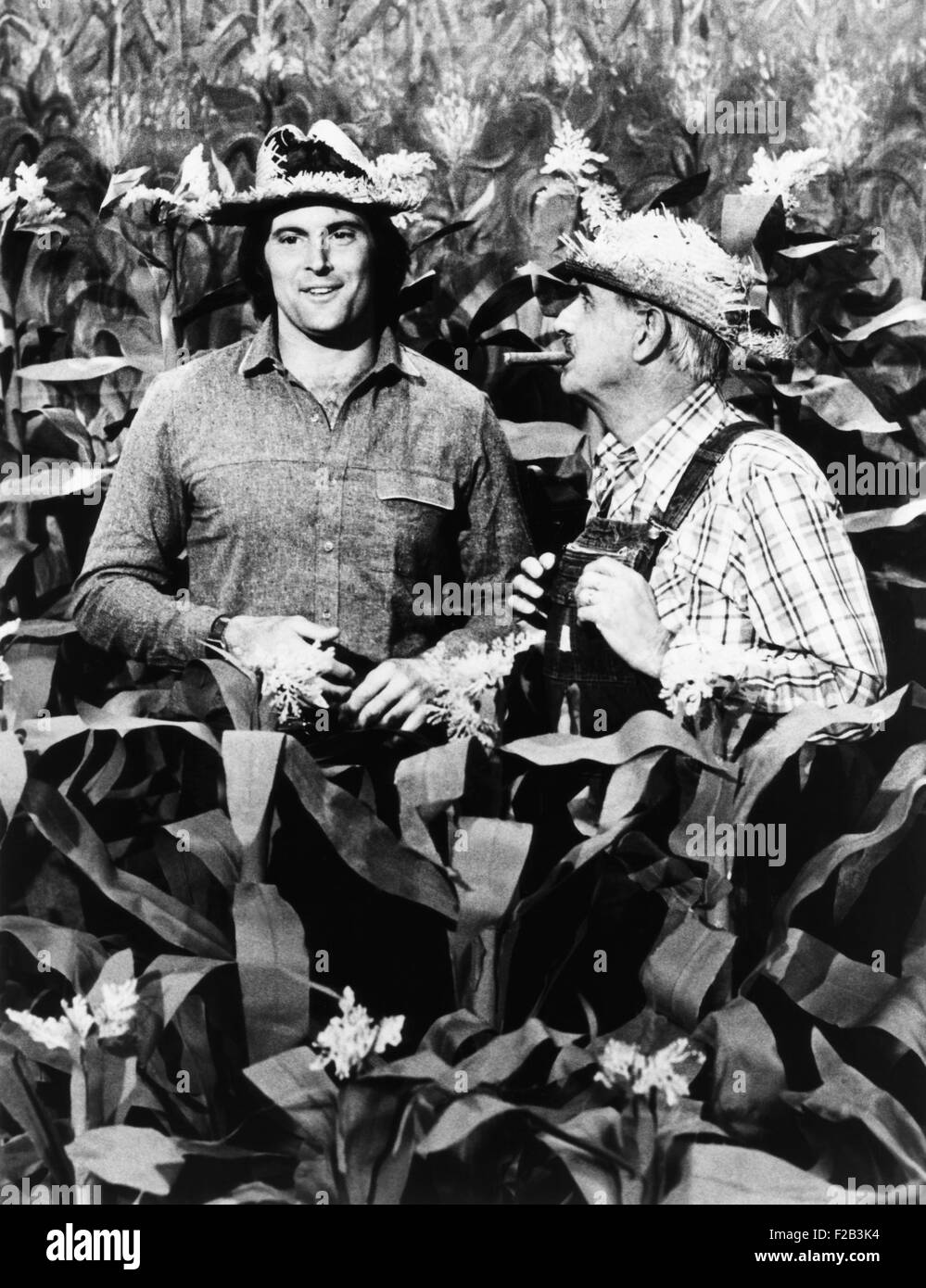 Olympic Champion turned entertainer, Bruce Jenner appears on 'Hee Haw'. Jenner (left) visits with venerable - Stock Image