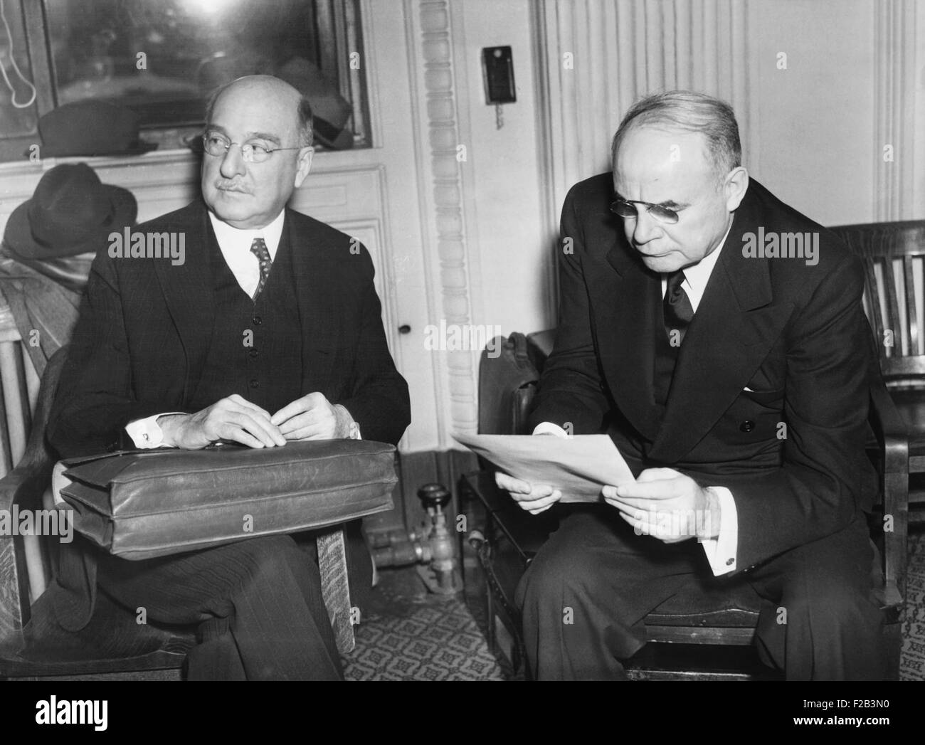 Government begins probe of Pierre DuPonts' tax returns. The noted financier, (left) and one of his aids, Gerald - Stock Image