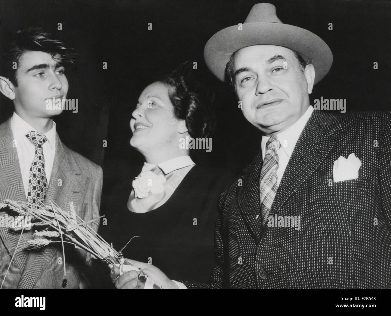 fresh styles best shoes detailing Actor Edward G. Robinson, with his wife, Gladys Lloyd, and ...