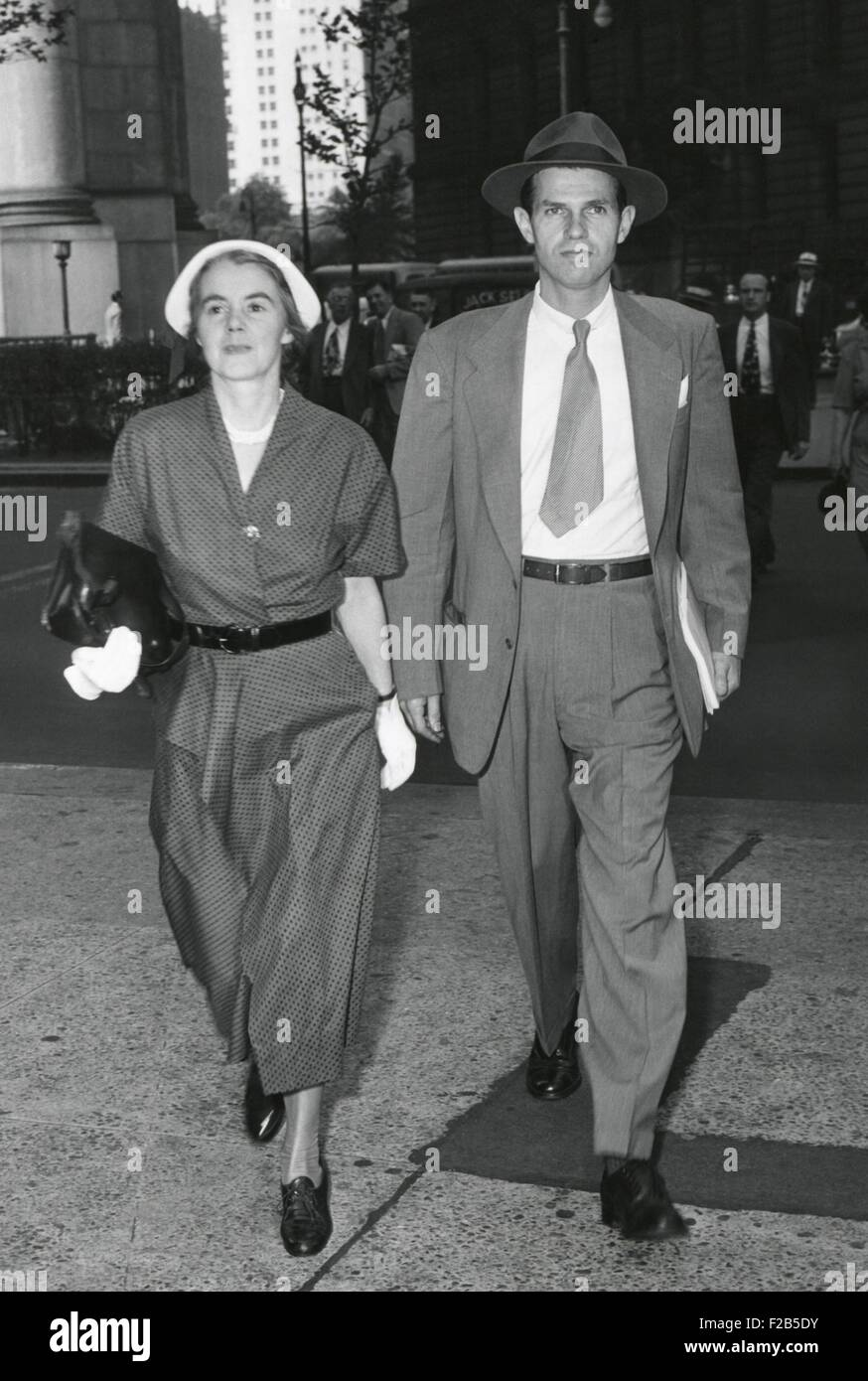 Mr. and Mrs. Alger Hiss arrive at Federal Court, NYC on July 6, 1949. The jury was deadlocked and Hiss was released - Stock Image