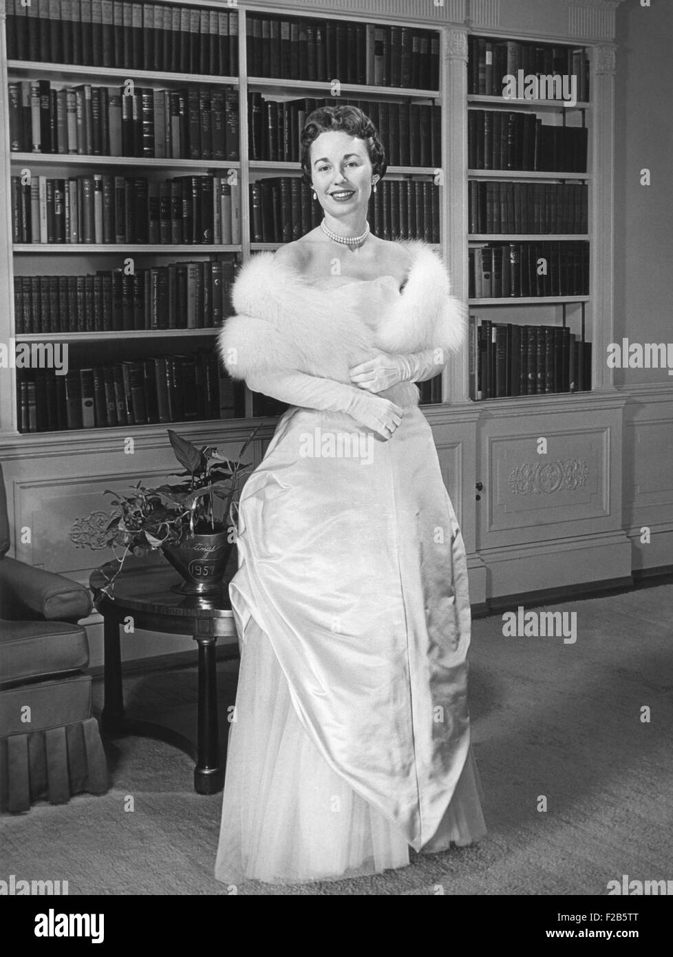 Barbara Eisenhower in the gown she will wear to the 1957 Inaugural Ball. Jan. 19, 1957. - (BSLOC_2014_16_46) - Stock Image