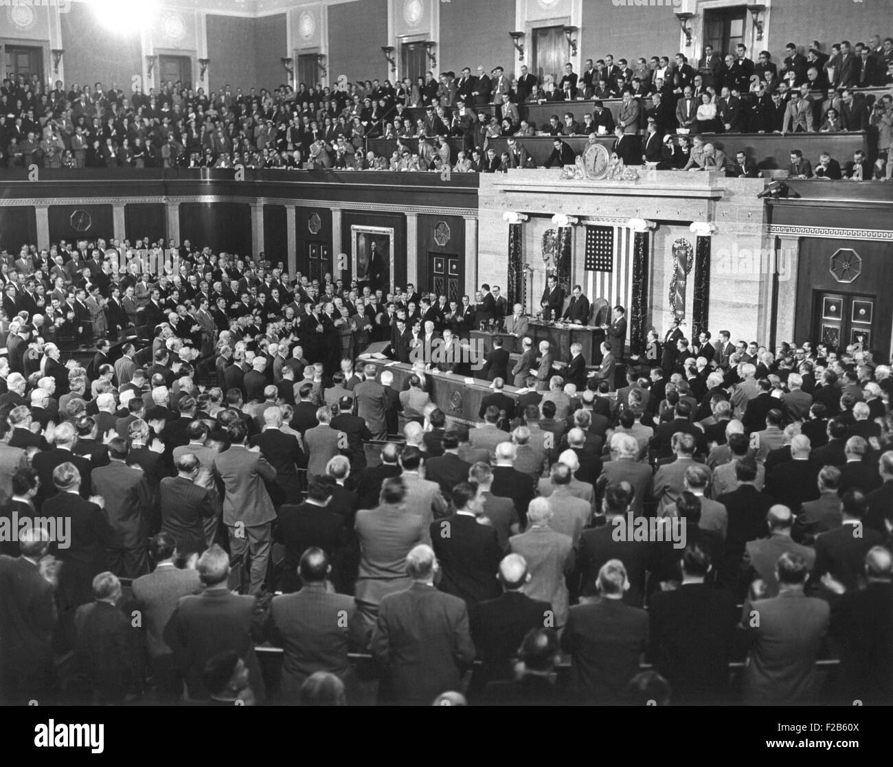 President Dwight Eisenhower delivering his 1954 State of the Union address to Congress. His prominent themes were - Stock Image