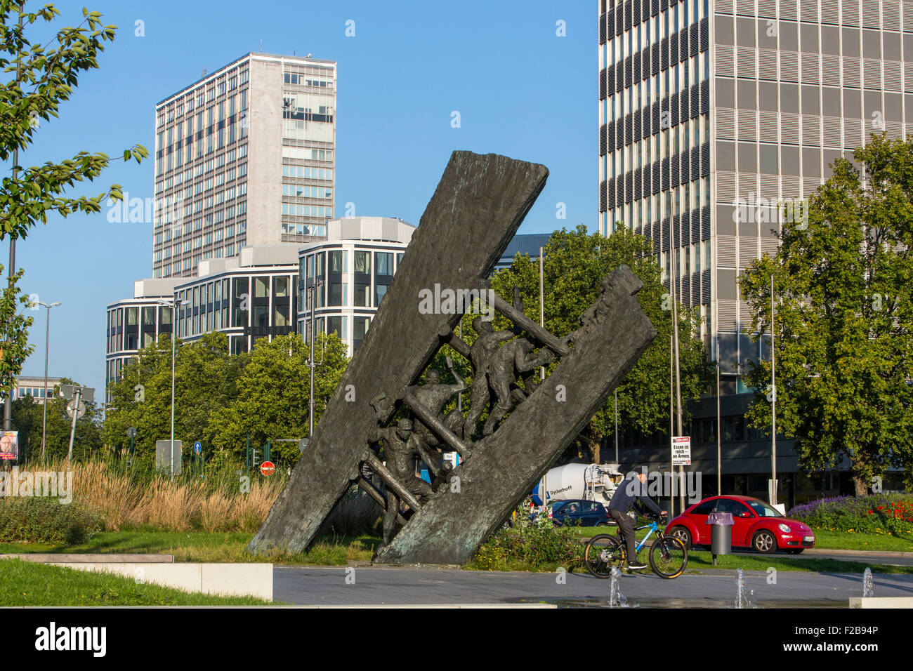 """Monument """"Steile Lagerung"""", reminds the coal mining history in the city of Essen, in the Ruhr area, Stock Photo"""