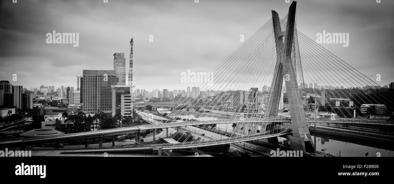 Most famous bridge in the city, Octavio Frias De Oliveira Bridge, Pinheiros River, Sao Paulo, Brazil - Stock Image