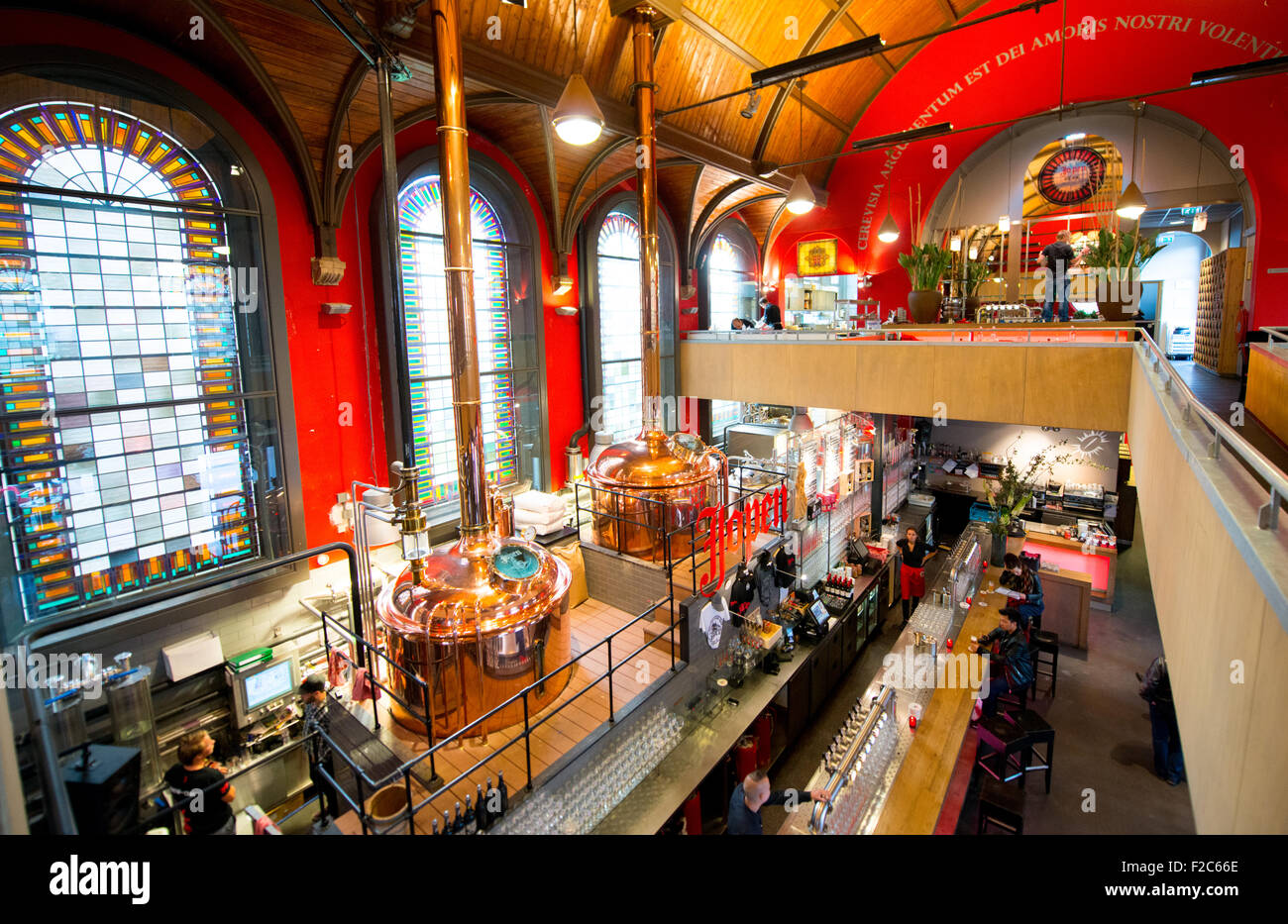 """The Jopen micro-brewery Haarlem, Netherlands, in the old Jacobskerk, now known as the """"Jopenkerk"""", in the Raaks Stock Photo"""