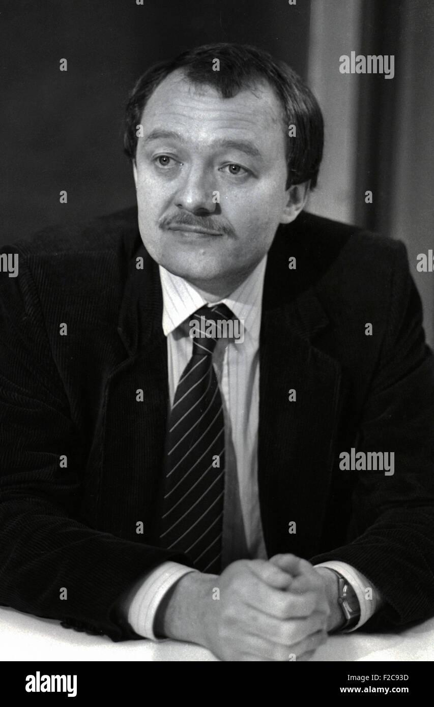 Ken  Kenneth Robert Livingstone (born 17th June 1945) is a British Labour/Socialist politician  served mayor of - Stock Image