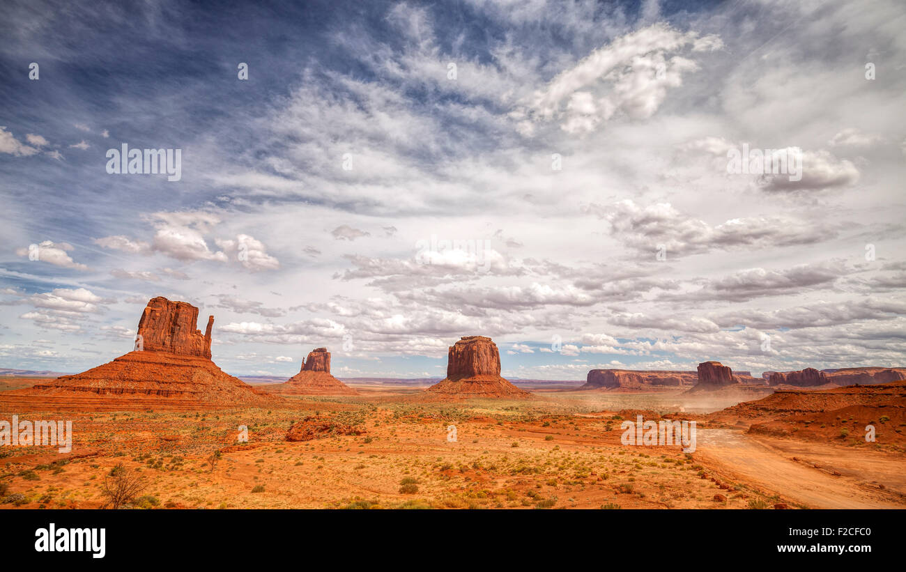 Monument Valley Navajo Tribal Park, Utah, USA. - Stock Image