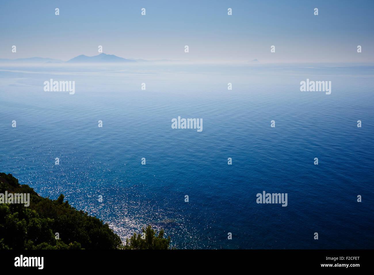 Aegean Sea, Greece, showing Fourni in the distance, Ikaria in the foreground. AKA Icarian Sea - Stock Image