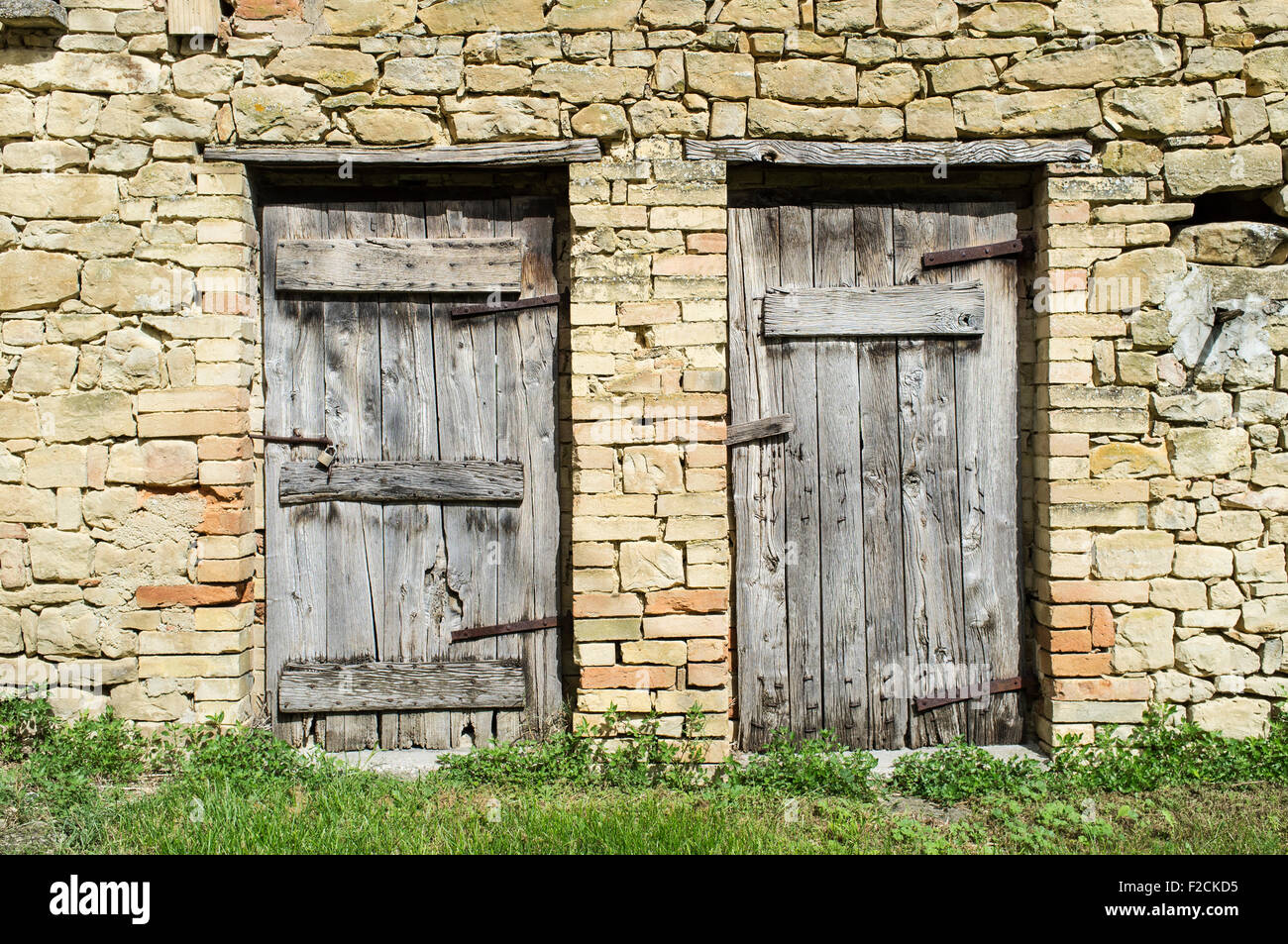 """Doors of Italy in ENGLISH LARGE 18/"""" X 26.5/"""" Doors of Italy"""
