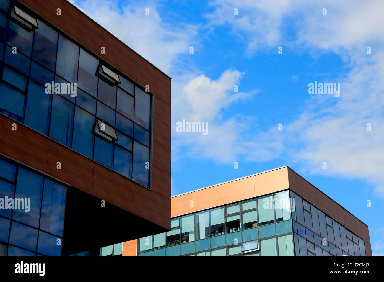 Modern Office Exterior Small High Resolution Stock Photography And Images Alamy